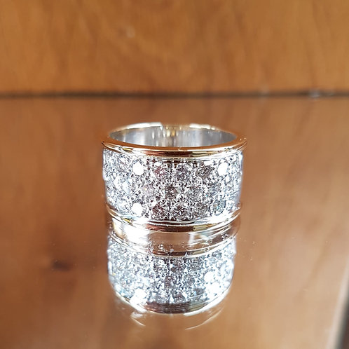 Stunning HEAVY Quality 18ct yellow and white gold 2.5ct diamond ring