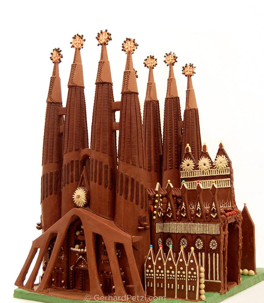 La-Sagrada-Familia in chocolate by Gerhard Petzl
