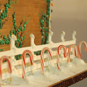 Gingerbread house by Gerhard Petzl - 19
