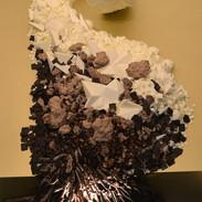 Details dark and white chocolate