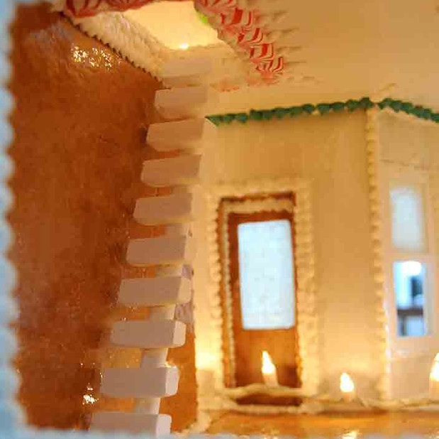 Gingerbread house by Gerhard Petzl - 33