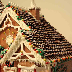 Gingerbread house by Gerhard Petzl - 6