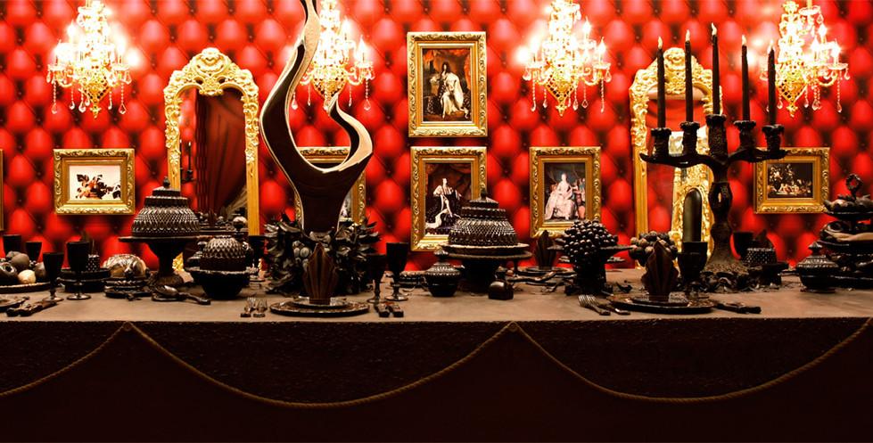 Royal Feast Baroque Table (Chocolate)
