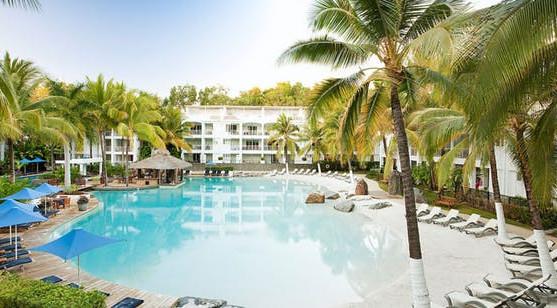 Why Palm Cove is Australia's best babymoon destination