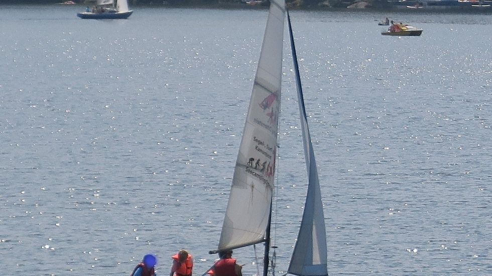 Delfino Jolle (blau, Navigamus)