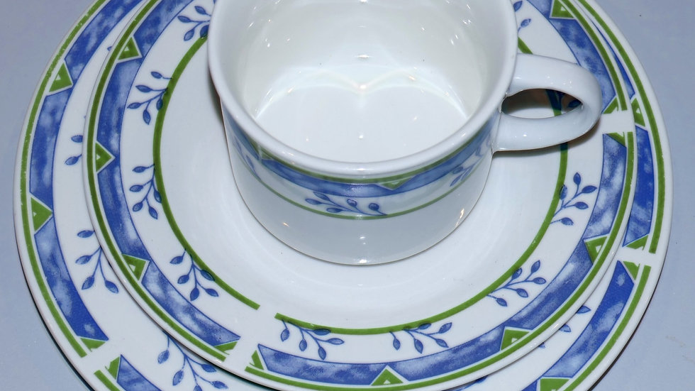 Kaffeeset (Mehlspeisteller, Untertasse, Tasse) | diverseFarben