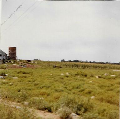 Wingover Dairy barn silo.jpg