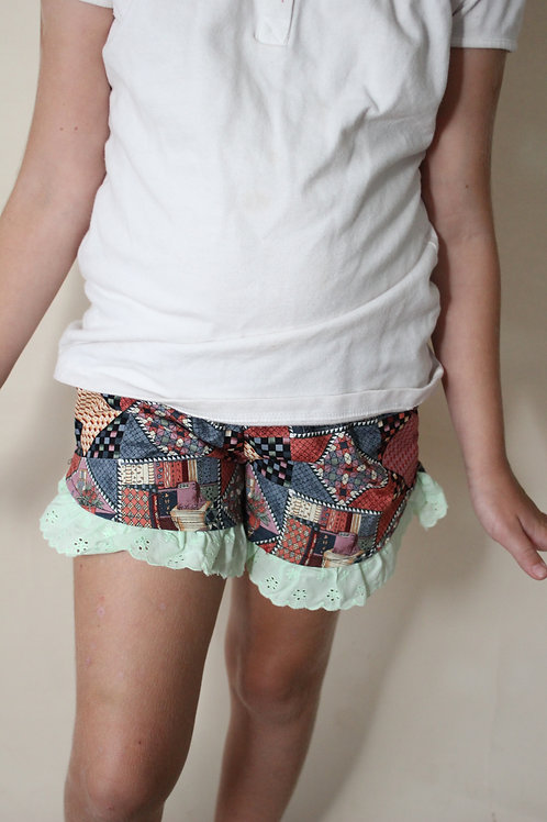 Quilt Shorts with Ruffle