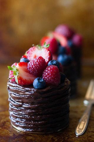 Mini Double Chocolate Berry Cakes - The