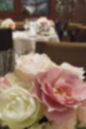 ウエディング会場テーブル装花