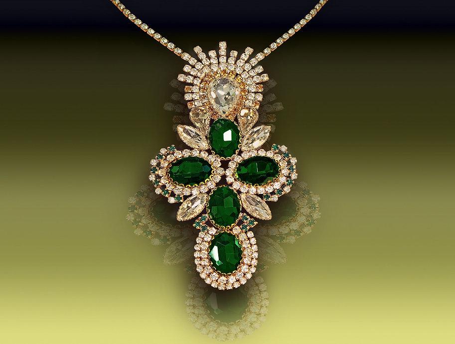 Crystal_jewelry_art_missmerry.jpg