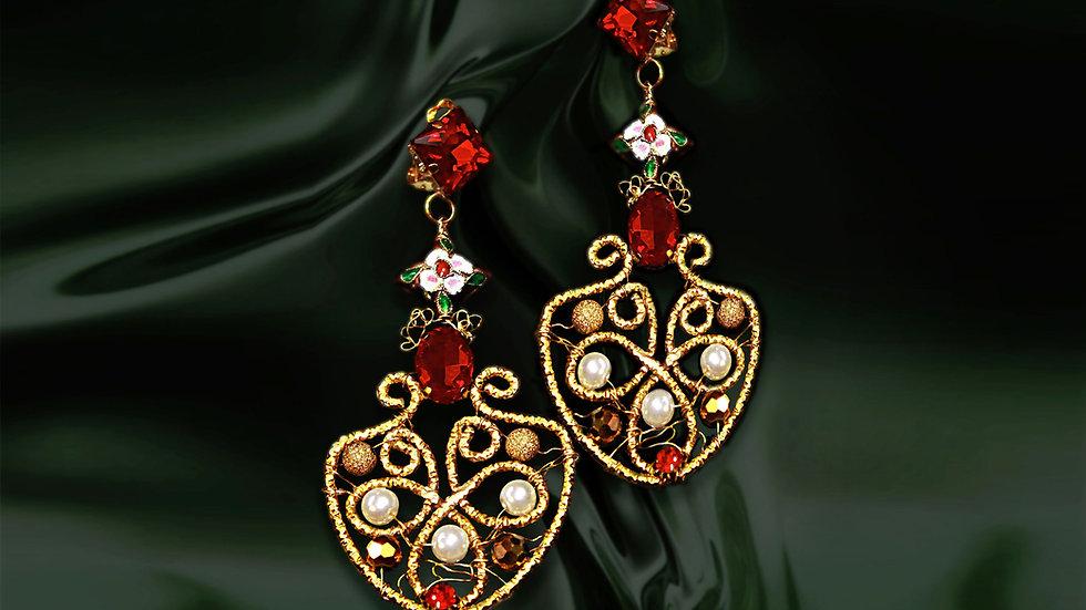 Designer Vintage Earrings Golden Queen