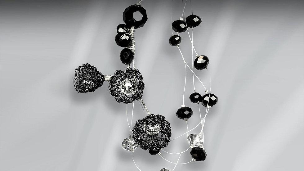 Unique Necklace Dropping Flowers