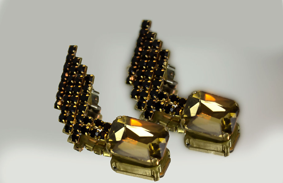 Military-Modern-Crystal-Fashion-Earrings