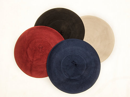 Thread beret on different colours. BOI 04.