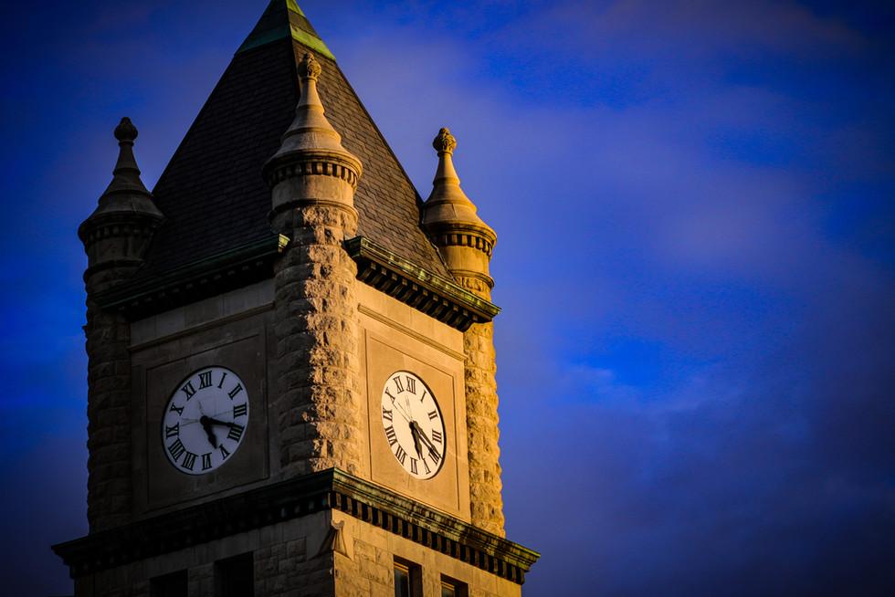 a clocktower in kansas