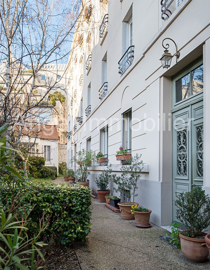 Appartement à Passy sur jardin