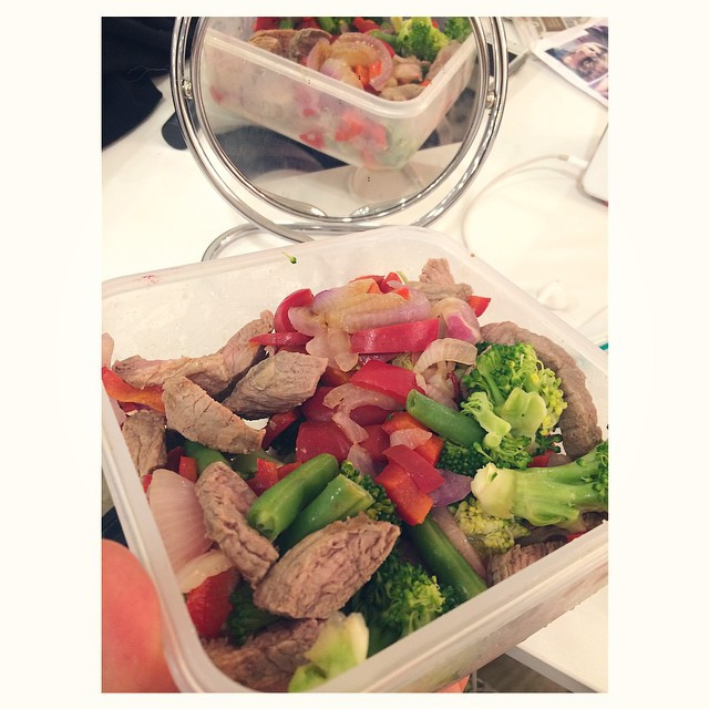 Instagram - S T E A K ❤️ Yummy tupperware dinner...🍴 125g of lean steak with ve