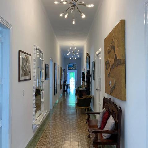 Villa Carolina Hallway | 5 Bedroom Casa Particular