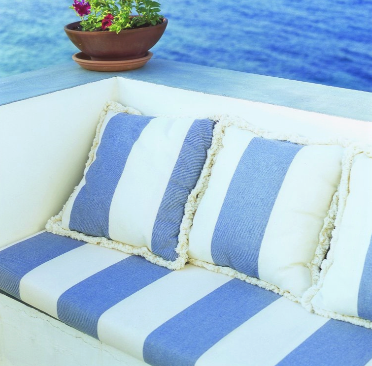 blue stripes by the sea- outdoors