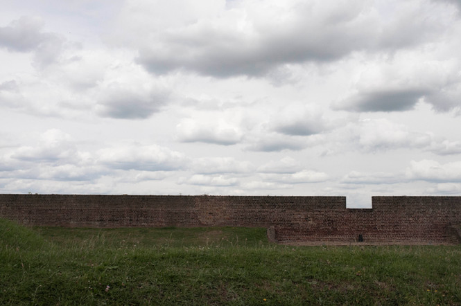 Wall with a Viewpoint