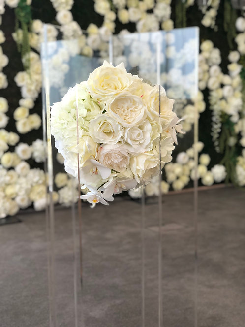 Floating Centrepiece Stand