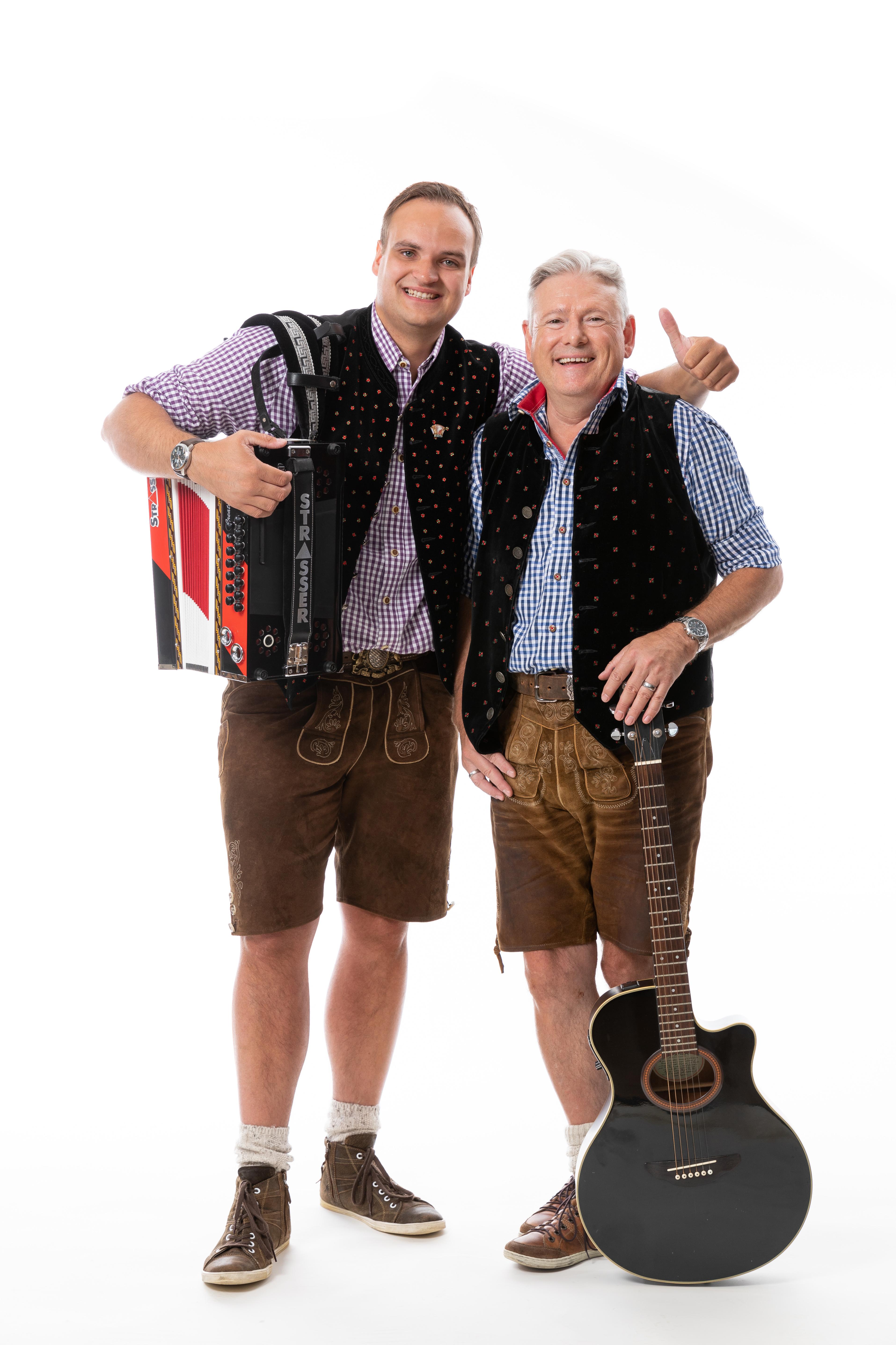 Duo Shakes Bier
