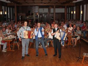 Erfolgreicher Start für die Harmonika-Musikschule im Ries