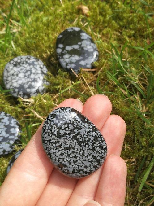 Schneeflocken-Obsidian Taschenstein