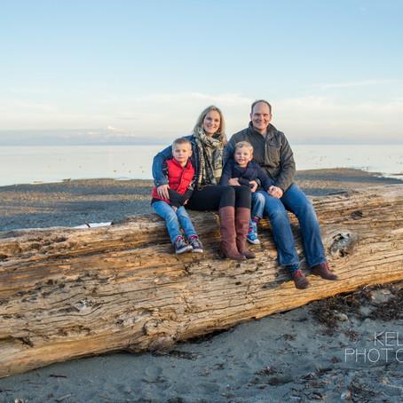 Family Session : Centennial Beach