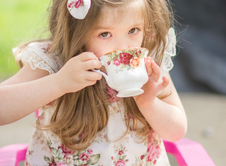 Family sessions : Fine China, Florals & Four.