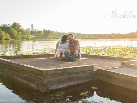 Maternity : Sunset session at Deer Lake