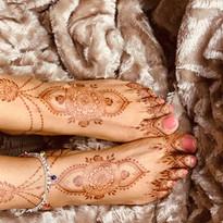 Feet henna stain