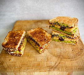 Vegan Tempeh and Cranberry Sandwich by Brisia@bridgingpalates