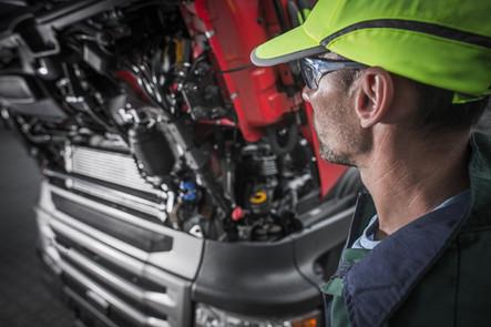 Fahrzeugbauer (m/w/d), Landmaschinenmechaniker (m/w/d) oder Nutzfahrzeugmechatroniker (m/w/d) gesucht!