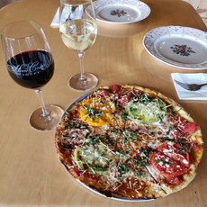 Pizza and Wine Pairing at Hood Crest Winery