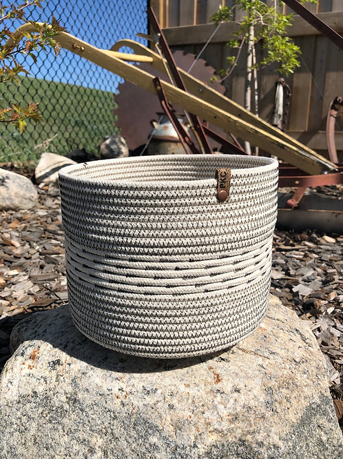 Arrow Stitch Basket (Large)