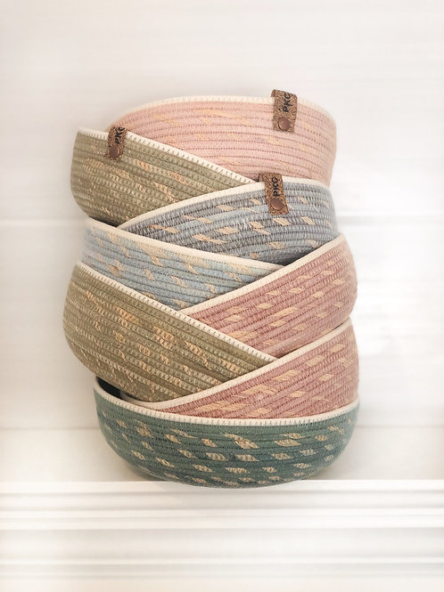 Wide Bowl with Raffia (Colours Available)