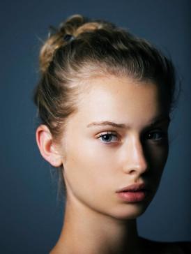 Justine Delacroix05