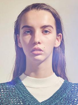 Elise Godet01