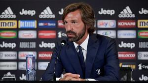 Andrea Pirlo, antrenorul, si Messi Que Un Club