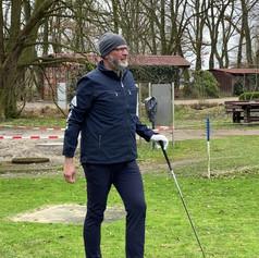 Erster Abschlag der GolfTour45