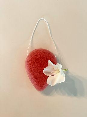 Éponge Konjac infusée à la Rose (peaux sèches ou sensibles)