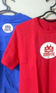 ネコタブレイヴスTシャツ