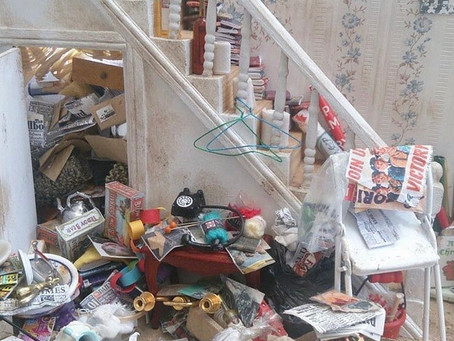 Sarah Luxford: Hoarding As An Ever Giving Theme for Art
