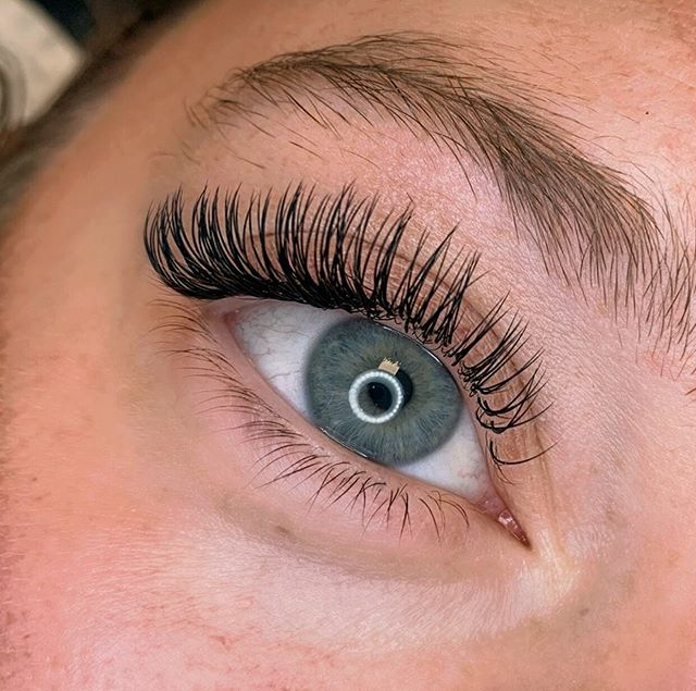 Classic lashes are always a good idea