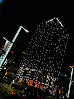 Pixels in the Night / Japan 2017