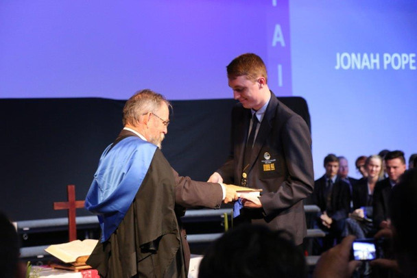 Receiving College DUX