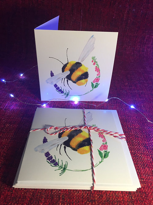 Pack of five Buzzy Bumbling greetings card