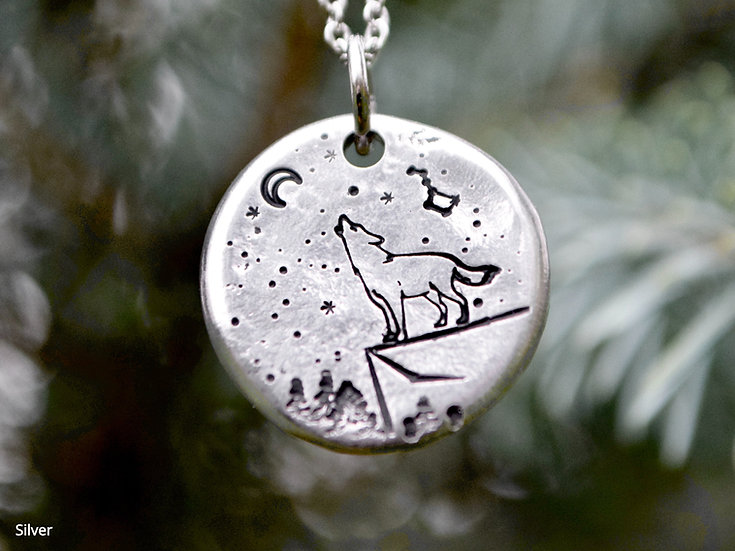 Stay Wild Moon Child Round Pendant Necklace